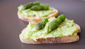 crostini-met-groene-asperges