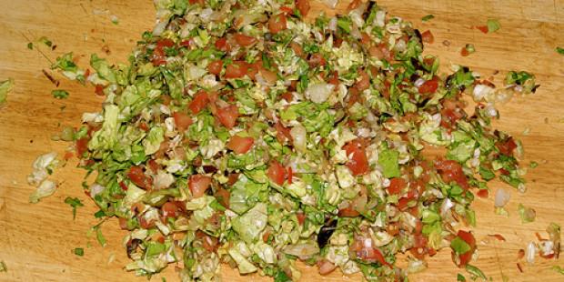 Mediterrane Gehakte Salade
