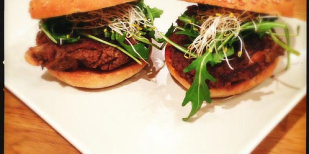 Veggie Champignon Burgers met Noten
