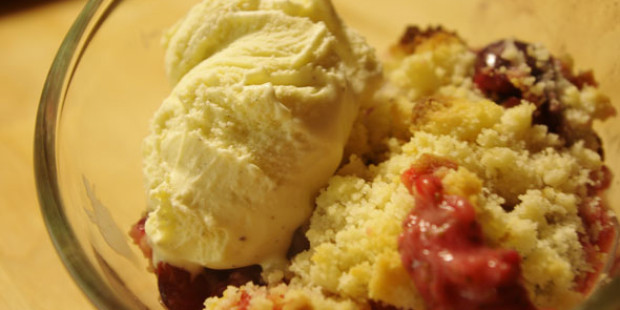 Rood Fruit Crumble