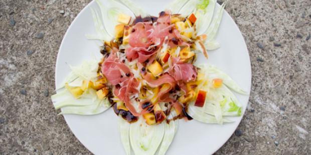 Salade met Venkel, Nectarines en Gedroogde Ham